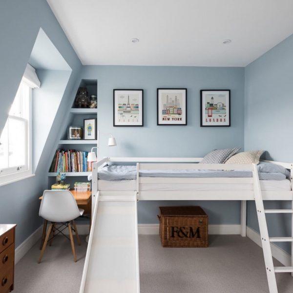 滑り台付きのベッドが心地よい子ども部屋