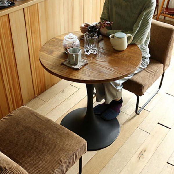 ワンルーム向きカフェ風ダイニングテーブル