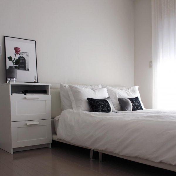 白メインでホテルライクな寝室実例