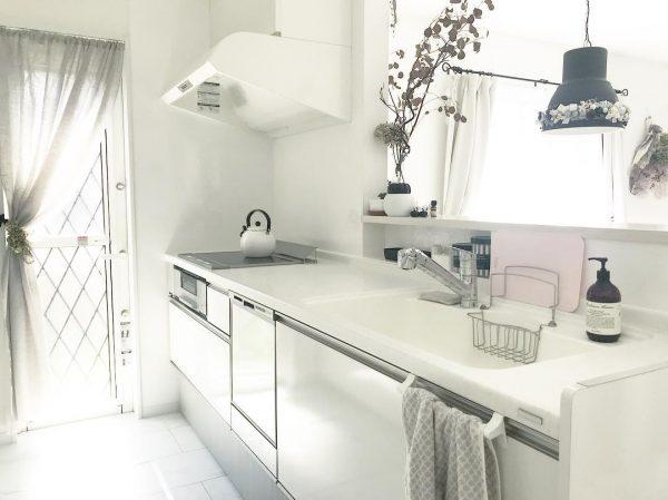 真っ白キッチンインテリア3
