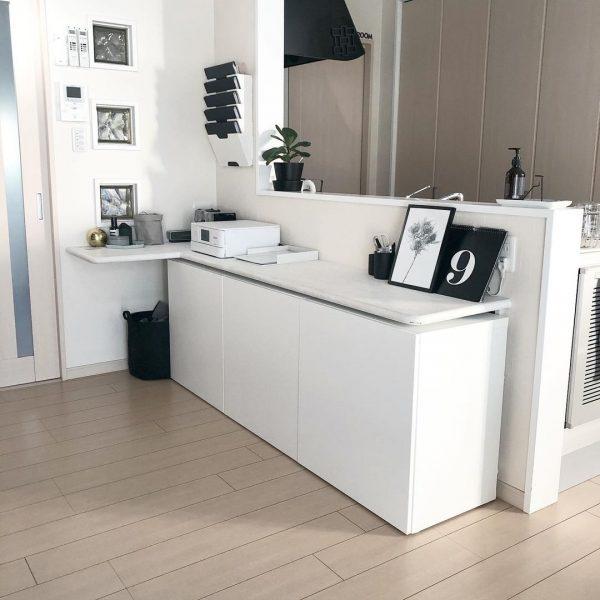 IKEAの収納棚を活用したカウンター下収納