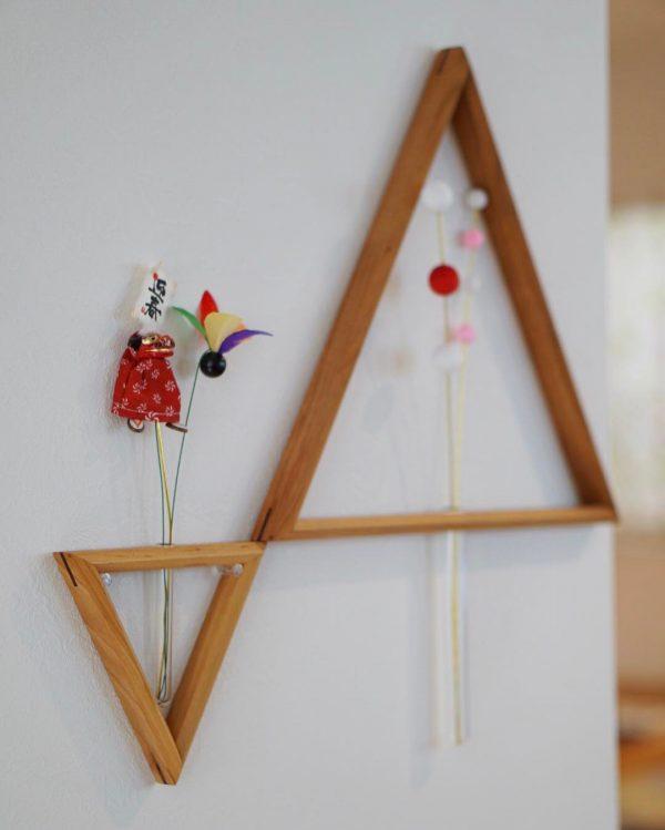 三角モチーフの壁かけをお正月風にアレンジ