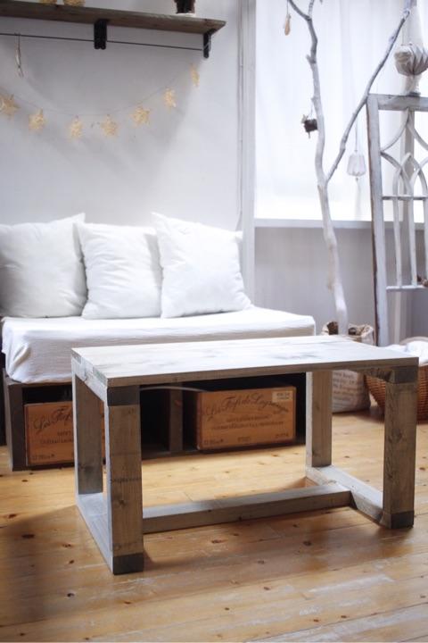 初心者でもDIYで簡単に作れるローテーブル