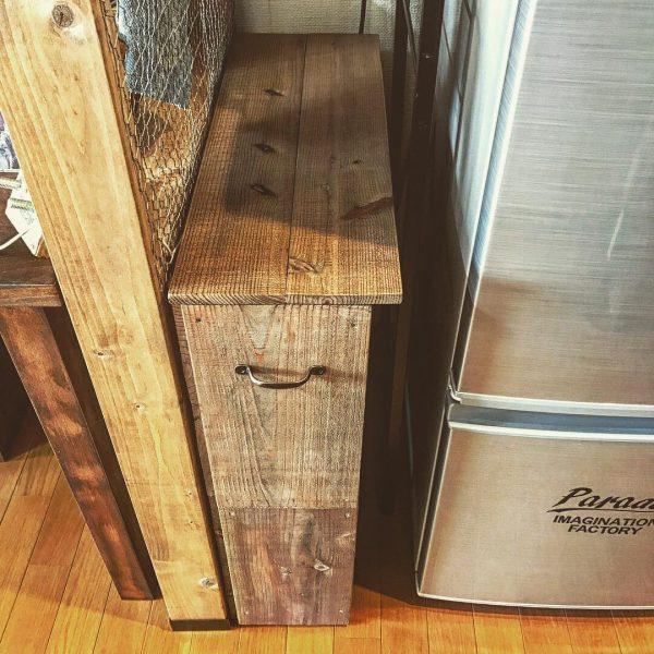 隙間にぴったりなキッチンワゴンを簡単DIY