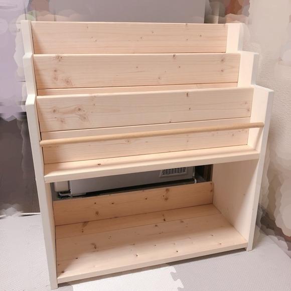 木材を使ってDIYした簡単絵本棚