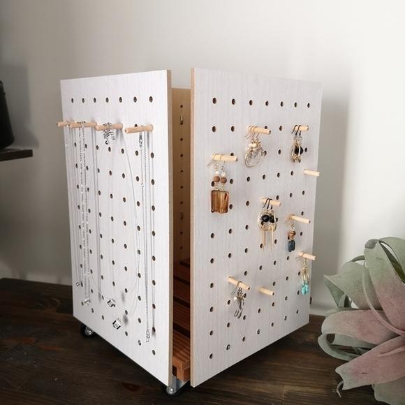 キャスター付きの360度DIY収納アイデア