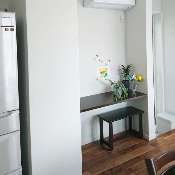 キッチン横のギャラリー&スタディースペース