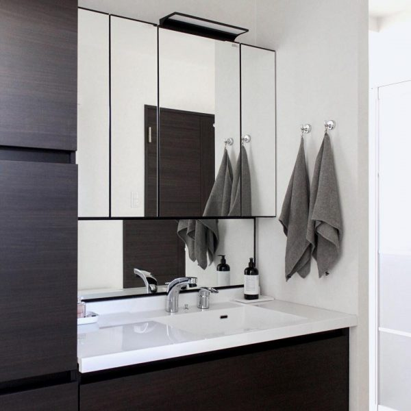 清潔感のある洗面所インテリア