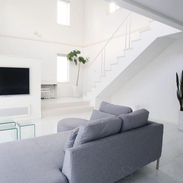 家具や家電はシンプルで直線的なアイテムを選ぶ
