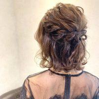 ぽっちゃりさん向け結婚式のお呼ばれヘアアレンジ15選!華やかな大人スタイル