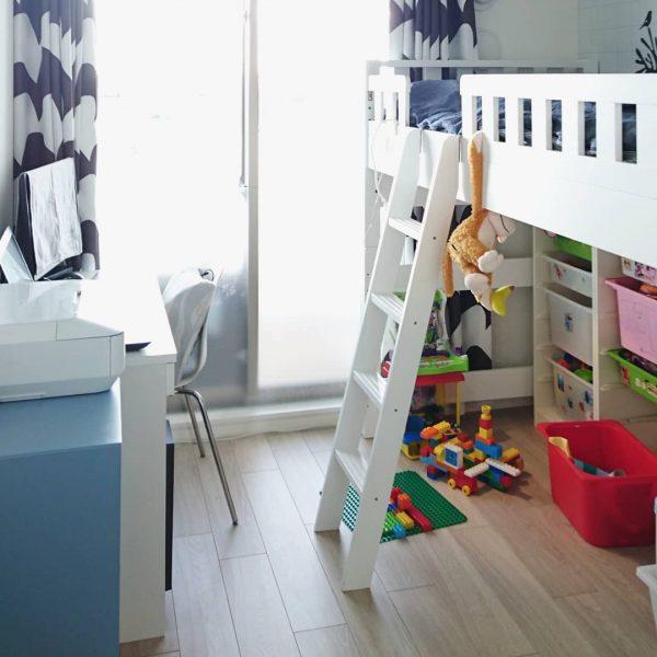 ロフトベッド下をおもちゃ収納にしたレイアウト