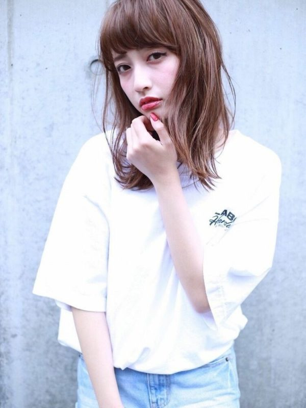 韓国で人気再燃中!厚めぱっつん前髪アレンジ