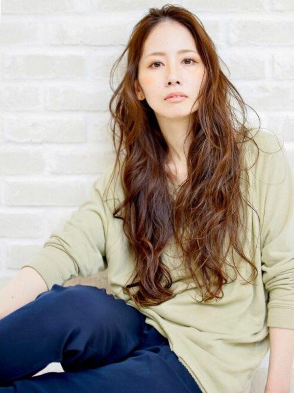 前髪なしのパーマ×ロングヘア12