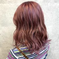 《2021》ミディアムの春らしさは髪色で作る。大人に似合う旬のヘアカラー集