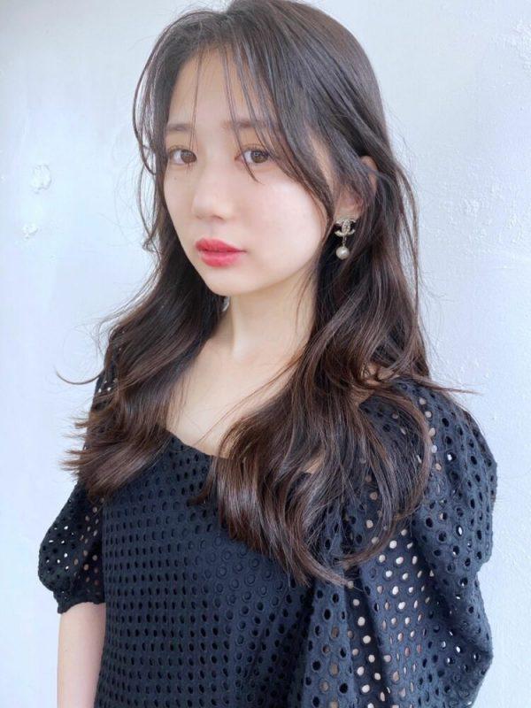 韓国風長め前髪のシースルーバングアレンジ