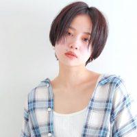 《黒髪ショート》大人女子は髪型で垢抜ける 。似合うが見つかる人気スタイル集