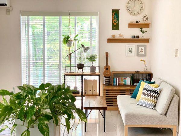 棚を置いて使い勝手の良い空間を確保