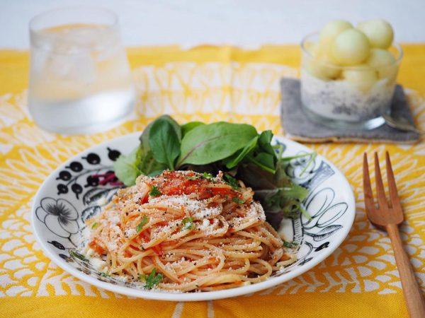 朝食に人気のトマトソースの簡単洋風パスタ