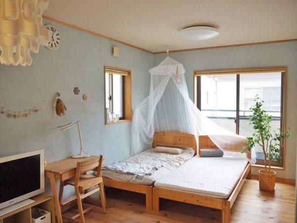 シングルベッドが2つの子ども部屋の配置実例