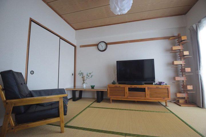 目に入る木の家具は「全て自作」という、驚愕のお部屋2
