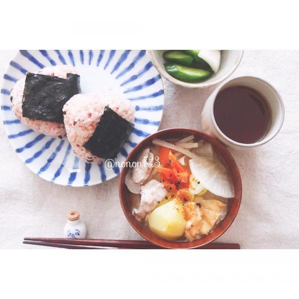 30代の食事に理想のメニュー☆具沢山味噌汁
