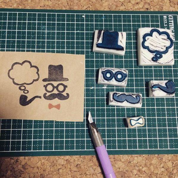 消しゴムはんこを押すカードの作り方