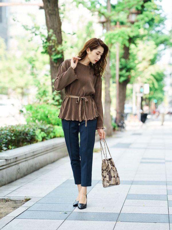 40代に似合う季節の着痩せコーデ3