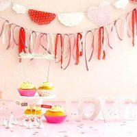 おうちバレンタインは飾り付けがポイント♡SNS映えもするディスプレイアイデア