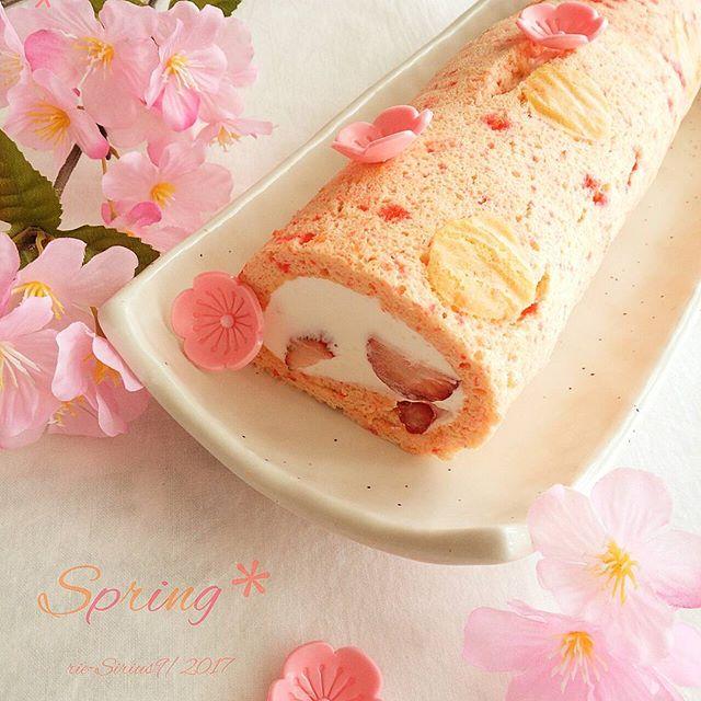 入学祝いにおすすめ!春爛漫なロールケーキ