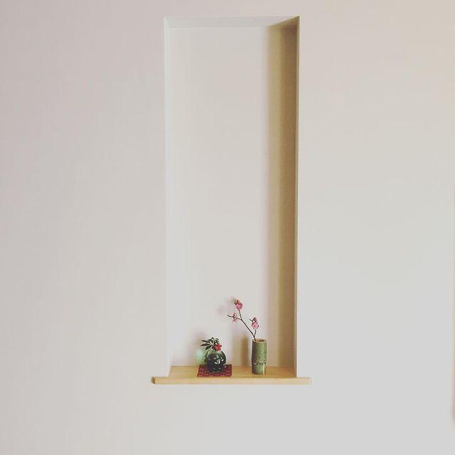 玄関のニッチスペースを飾る和モダンインテリア