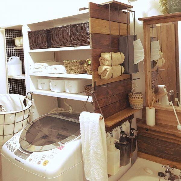 大容量の洗濯機上の収納アイデア実例
