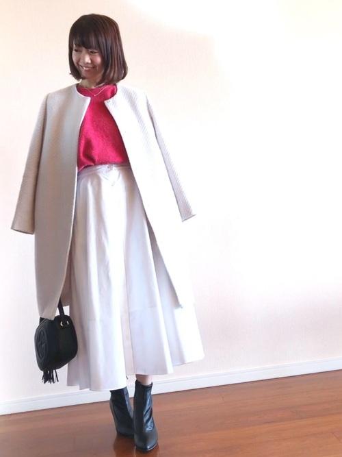 ユニクロ白スカート×コートの30代春コーデ