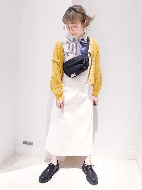 ジャンパースカート×ストライプシャツ