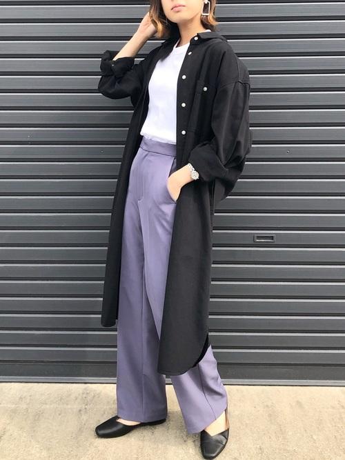 シャツデニムワンピース×紫パンツコーデ