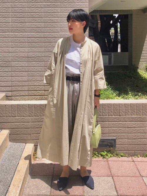 ユニクログリーンシャツワンピの30代春コーデ