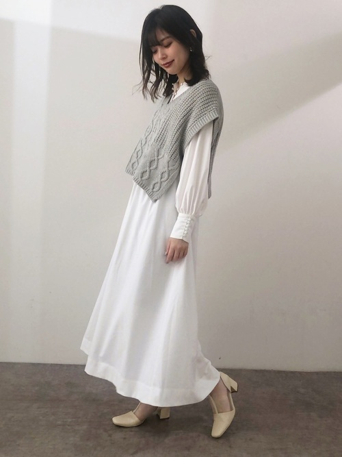 [natural couture] ショート丈ニットベスト×ブラウスセット