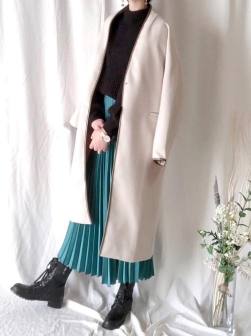 ZARAのプリーツスカート