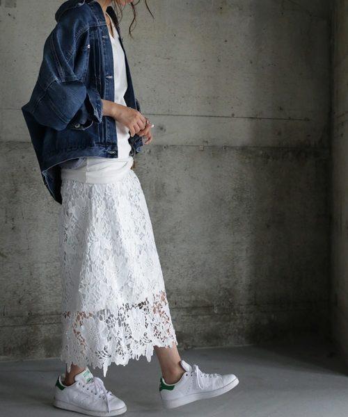 『繊細な美しさを放つ、甘く可愛いだけじゃない大人の上品さが溢れだす。』White花柄レーススカート