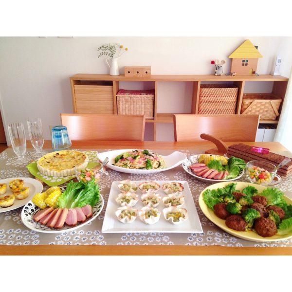優しい雰囲気のテーブルコーディネート