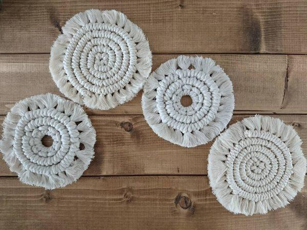 マクラメ編みのポットマット手作りプレゼント