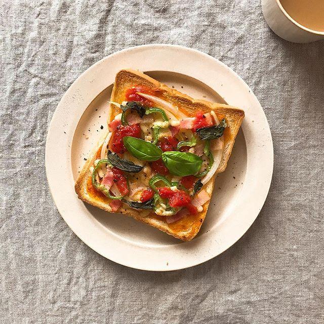 人気の朝ごはんに!ピザトースト