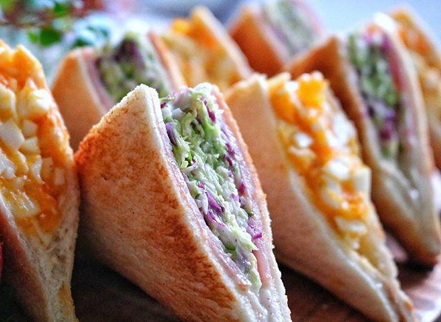 彩豊かなサンドイッチ