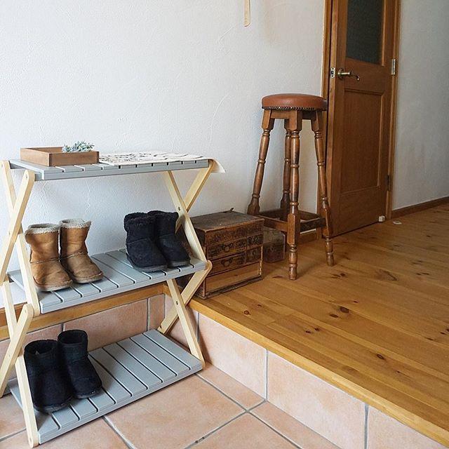 折り畳みシェルフですっきり靴の収納アイデア