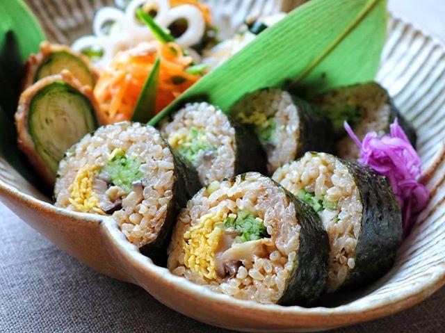 舞茸の炊き込みご飯で作る太巻き