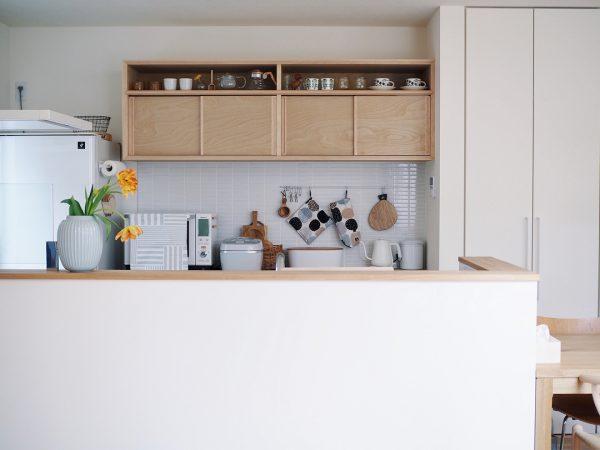 見せる&隠す収納でキッチンもすっきり