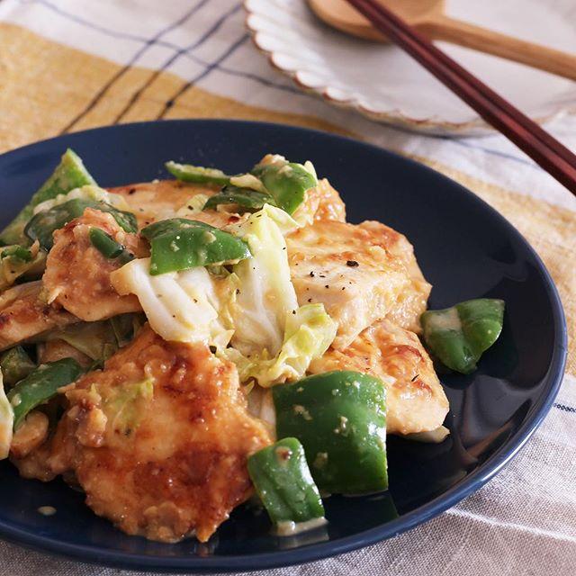 キャベツと玉ねぎが合う「鶏肉のみそ炒め」
