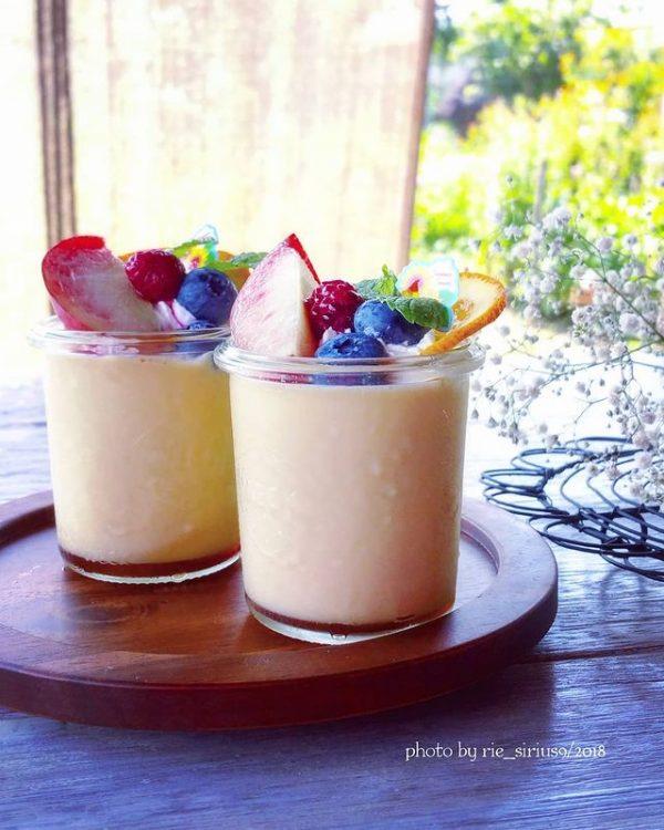 冷たい人気デザートの簡単レシピのプリン