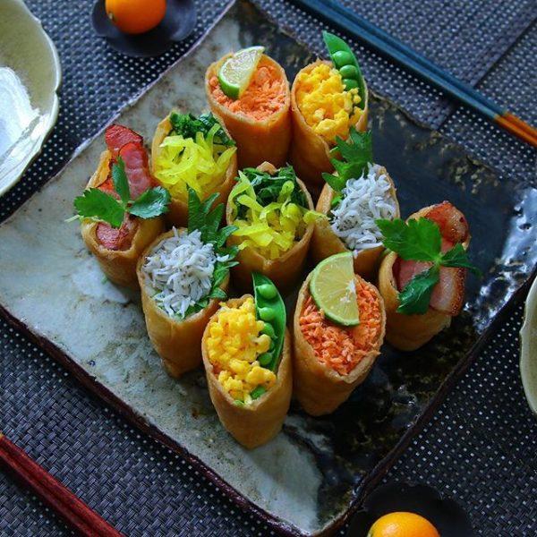 変わり種具材でいろいろのっけいなり寿司