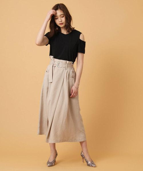 ウエストマークベルトラップ風Aラインスカート