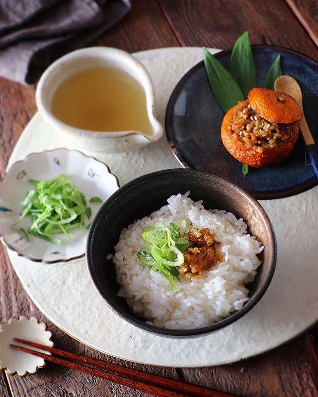 お米で節約レシピ!柚子味噌がつおのだし茶漬け